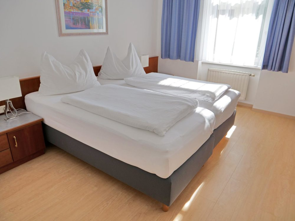 74living_serviced_business_apartments_apartment_13_ap13_hp_3